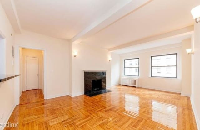 123 E 82nd St - 123 East 82nd Street, New York, NY 10028