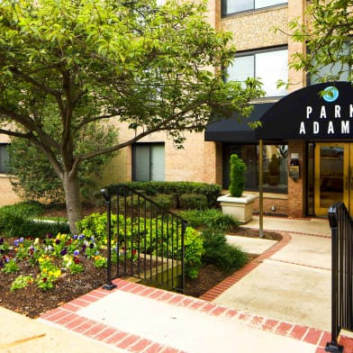 The Meridian At Courthouse Commons - Apartments for rent