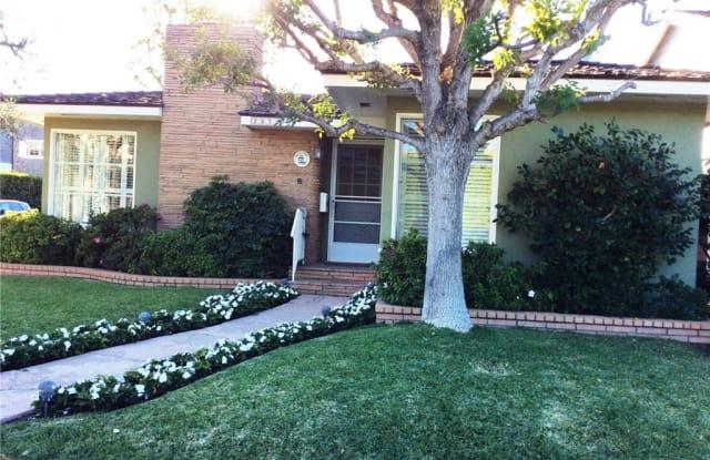 2831 Bayshore Drive - 2831 Bayshore Drive, Newport Beach, CA 92663