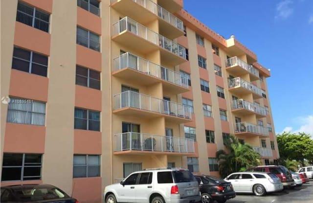 16465 NE 22nd Ave - 16465 Northeast 22nd Avenue, North Miami Beach, FL 33160