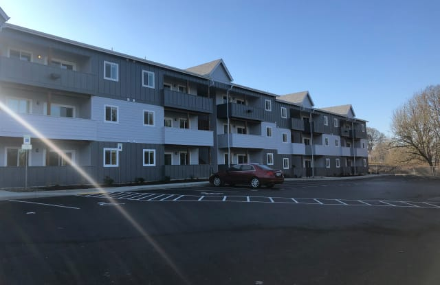The Villager Apartments - 586 2nd Street, Lake Oswego, OR 97034