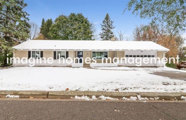 4619 Lynwood Terrace - 4619 Lynwood Terrace, Minnetonka, MN 55345