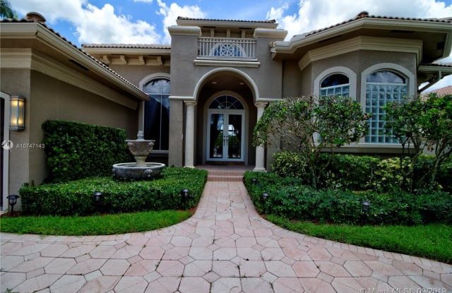 11075 Blue Palm St - 11075 Blue Palm Street, Plantation, FL 33324