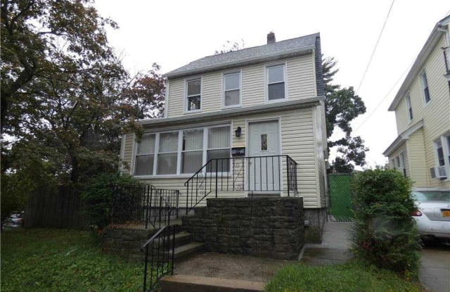 88-48 212 Place - 88-48 212th Place, Queens, NY 11427