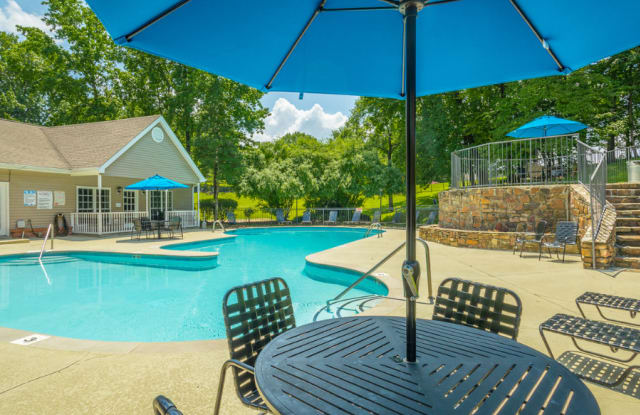 The Trails Apartments - 100 Trails Cir, Nashville, TN 37214