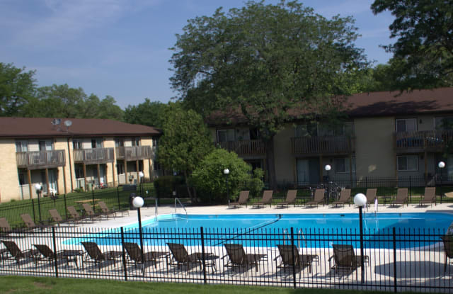 Springtree Apartments - 2615 Amherst Rd, Middleton, WI 53562