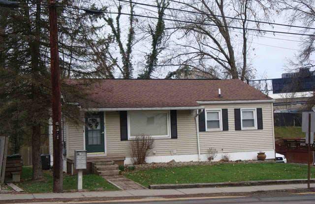 825 Willowdale Road - 825 Willowdale Road, Morgantown, WV 26505