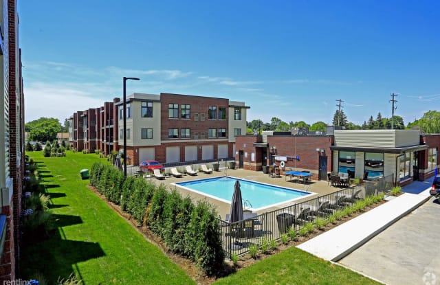 Turnkey/Furnished Suites @ 42 West Apartments - 18248 West 12 Mile Road, Southfield, MI 48076