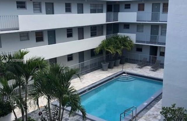 1610 Lenox Ave - 1610 Lenox Avenue, Miami Beach, FL 33139