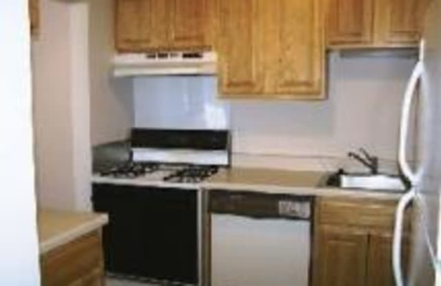 Rosewood West - 460 5th Ave N, Hopkins, MN 55343