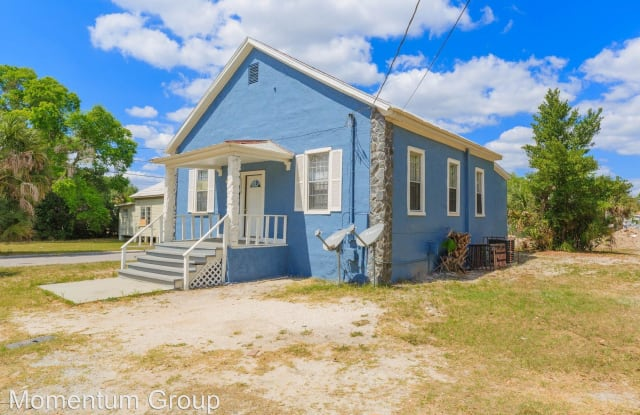 2002 E 18th Ave - 2002 East 18th Avenue, Tampa, FL 33605