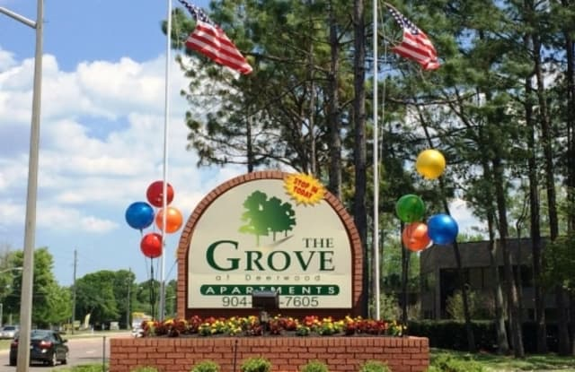 Grove at Deerwood - 8231 Princeton Square Blvd W, Jacksonville, FL 32256