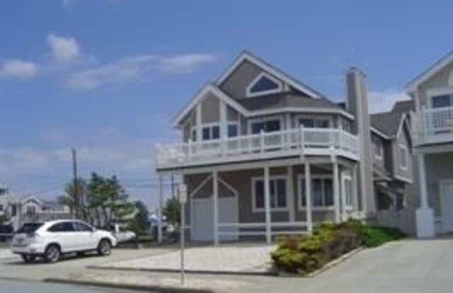 1504 Ocean Ave - 1504 Ocean Avenue, Brigantine, NJ 08203