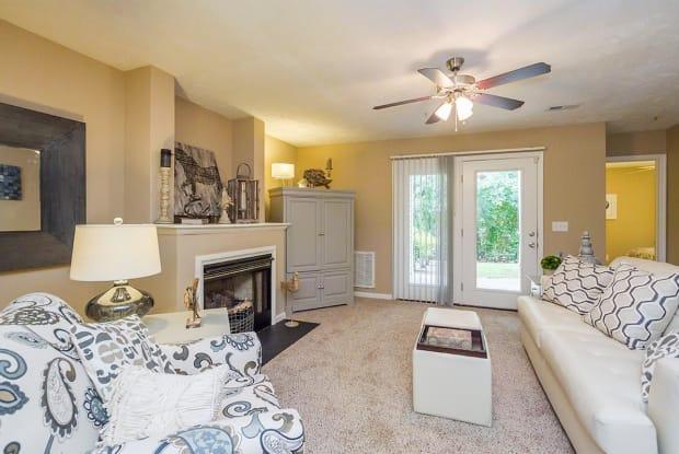 The Regency Luxury Apartments - 505 Regency Dr, Fayetteville, NC 28314