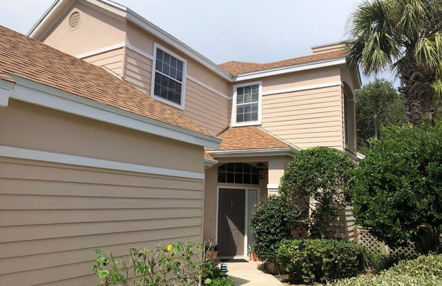 8817 Lakeside Circle - 8817 Lakeside Circle, Wabasso Beach, FL 32963