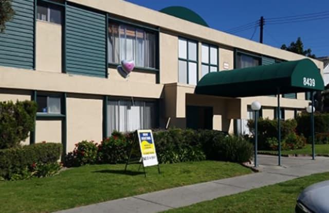 29 8439 Adams St. - 8439 Adams Street, Paramount, CA 90723