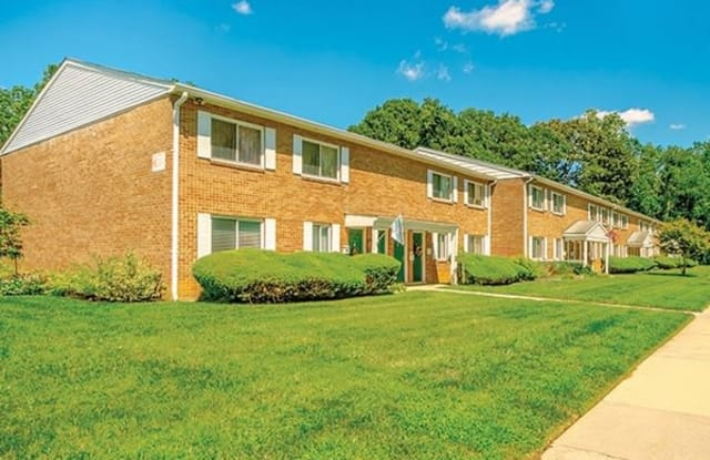 Orchard Court Apartments - 1000 Carroll Ave, Pennsville, NJ 08070