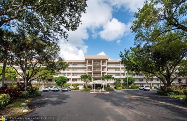 3970 Oaks Clubhouse Dr - 3970 Oaks Clubhouse Drive, Pompano Beach, FL 33069