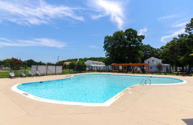 Cottage Grove - 614 Peninsula Dr, Newport News, VA 23605