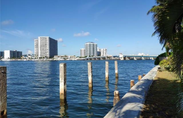 1940 Bay Dr - 1940 Bay Drive, Miami Beach, FL 33141