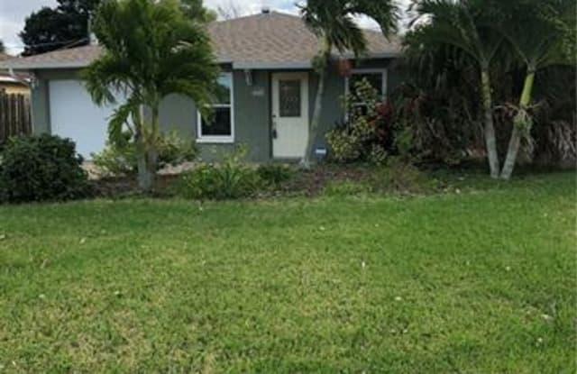 668 108th AVE N - 668 108th Avenue North, Naples Park, FL 34108
