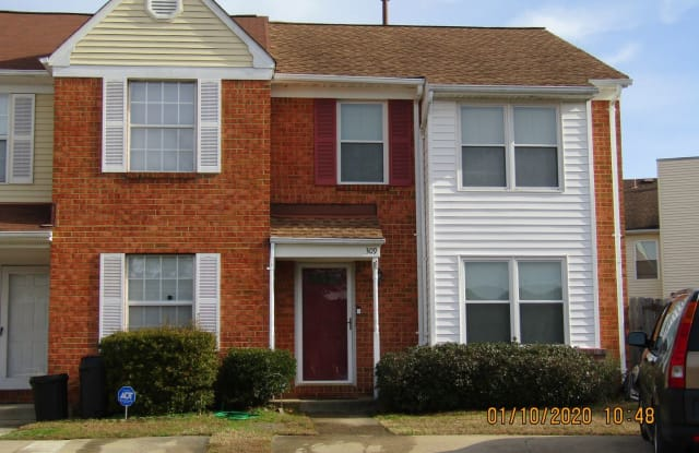 309 Nottaway Court Chesapeake Va Apartments For Rent