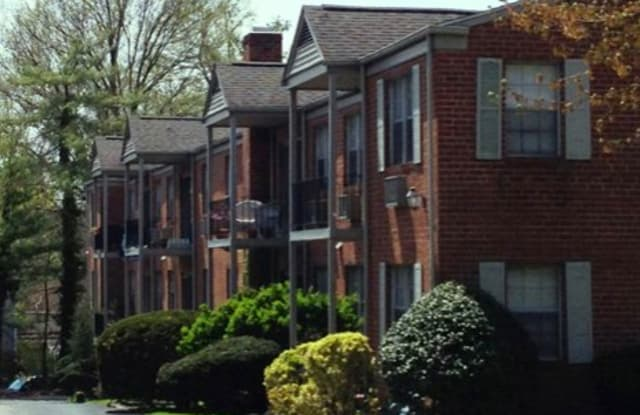 Montgomery Pointe - 438 Montgomery Avenue, Haverford College, PA 19041