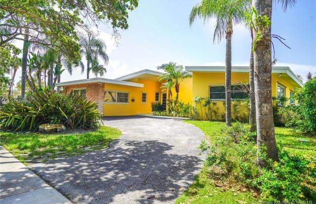 2355 Biscayne Bay Dr - 2355 Biscayne Bay Drive, North Miami, FL 33181