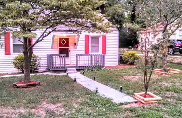 418 Iverson Way - 418 Iverson Way, Charlotte, NC 28203