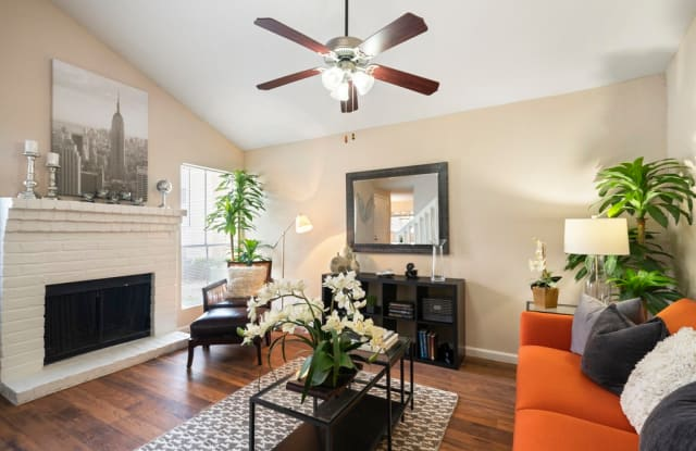 Kendall Manor - 21717 Inverness Forest Blvd, Houston, TX 77073