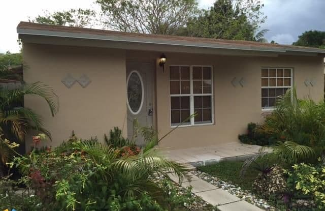 1416 NW 7th Ave - 1416 Northwest 7th Avenue, Fort Lauderdale, FL 33311