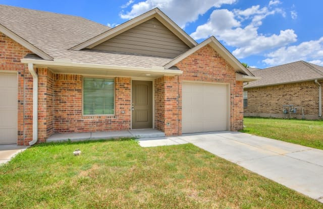 4308 Huntly Drive - 4308 Huntly Dr, Del City, OK 73115