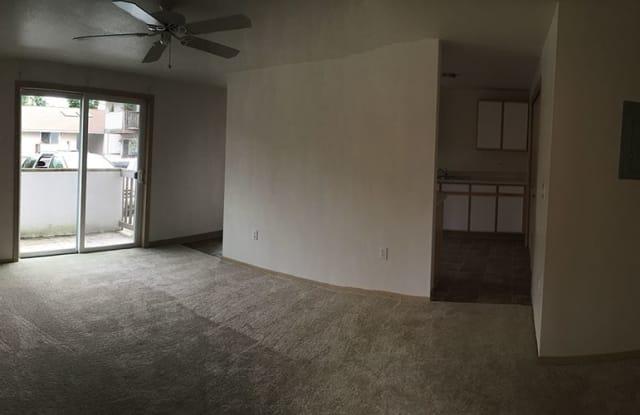 McKenzie Court Apartments - 1348 Northeast 160th Avenue, Portland, OR 97230