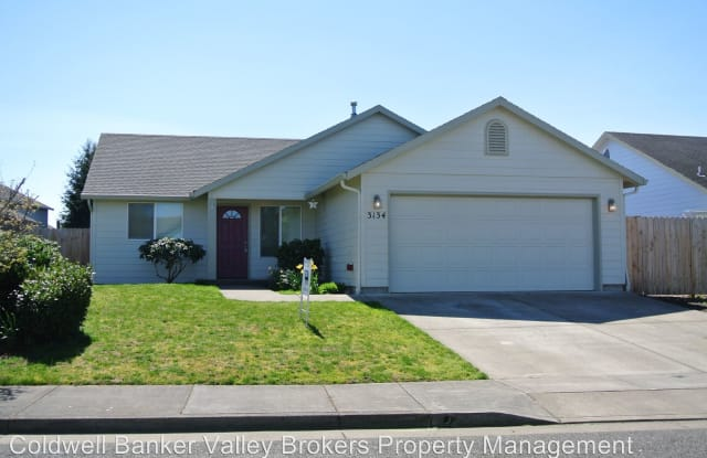 3134 26th Ave SE - 3134 26th Avenue Southeast, Albany, OR 97322