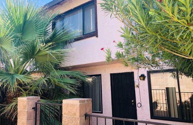 4352 Caliente Street - 4352 Caliente Street, Paradise, NV 89119