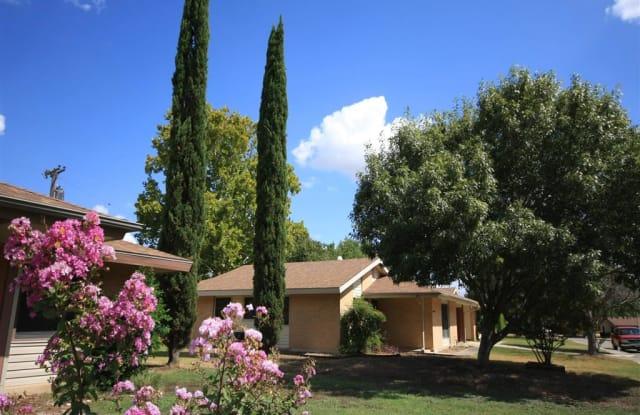 Heritage Oaks at Brooks - 216 Claggett St, San Antonio, TX 78235