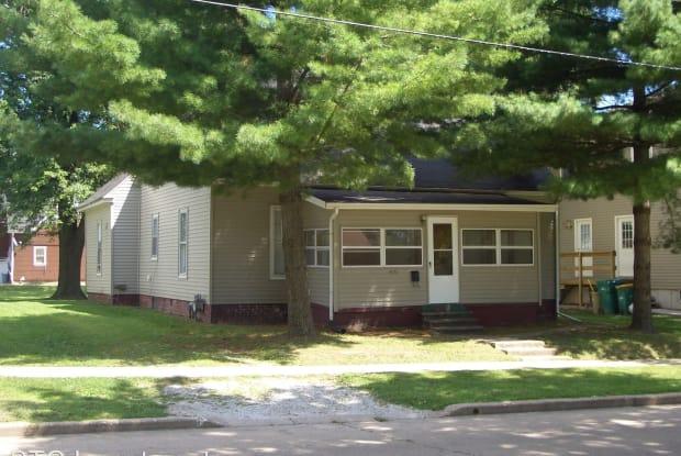 419 N. Johnson - 419 North Johnson Street, Macomb, IL 61455