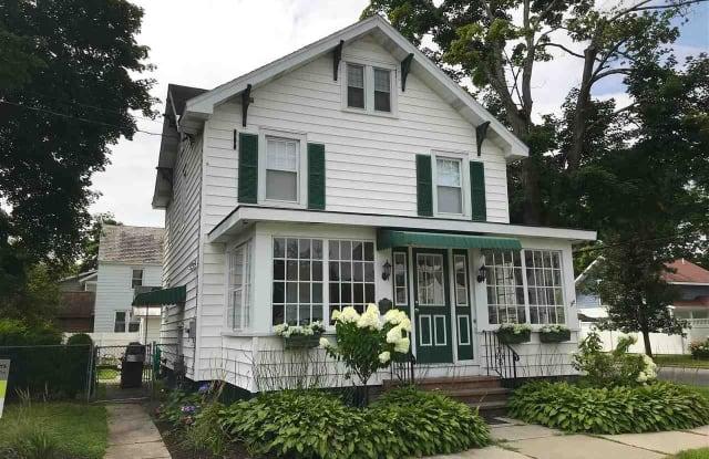 50 WEBSTER ST - 50 Webster Street, Saratoga Springs, NY 12866