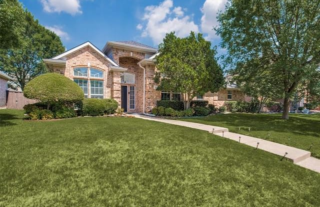 7300 Valley Bend Way - 7300 Valley Bend Way, Plano, TX 75024