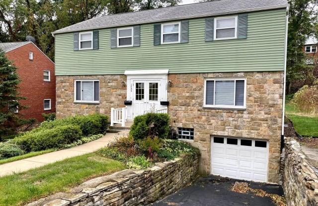 1735 Helen Dr - 1735 Helen Drive, Allegheny County, PA 15216