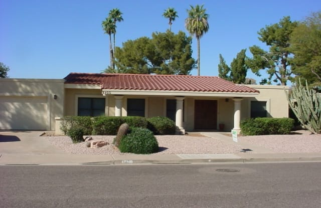 8400 North Vía Linda - 8400 North via Linda, Scottsdale, AZ 85258