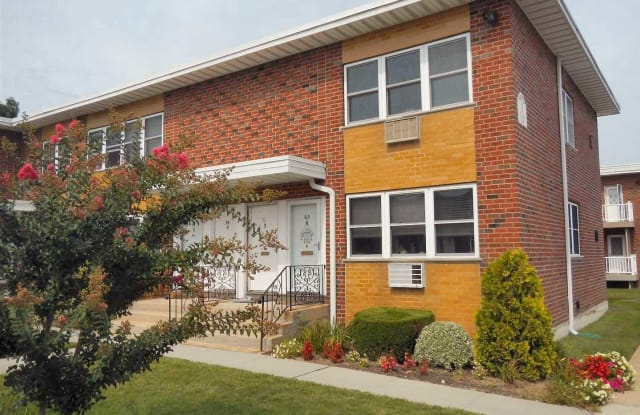 63 Farber Dr - 63 Farber Drive, West Babylon, NY 11704