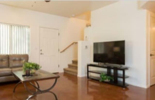 2381 N 4th Avenue - 2381 North 4th Avenue, Tucson, AZ 85705