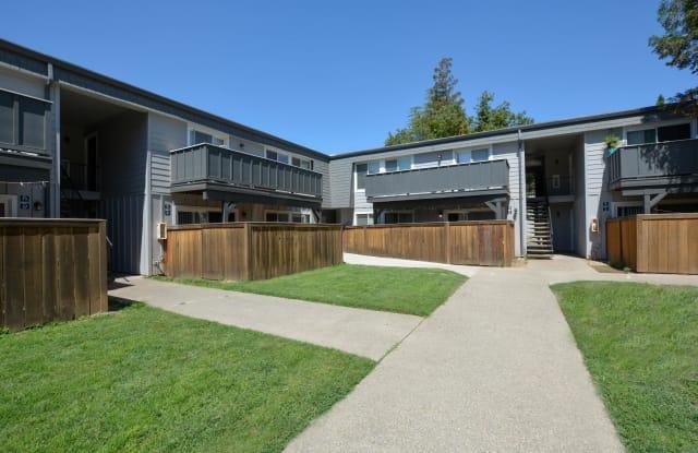 The Boardwalk - 950 W Zeering Rd, Turlock, CA 95382
