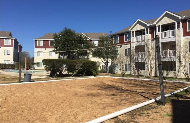 521 Southwest Parkway #202 - 521 Southwest Pkwy, College Station, TX 77840