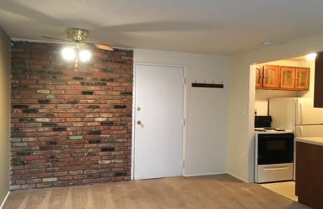 Chagrin Place Apartments - 3441 West Brainard Rd, Woodmere, OH 44122