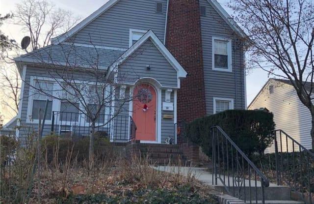 28 Ellwood St - 28 Ellwood Street, Glen Cove, NY 11542