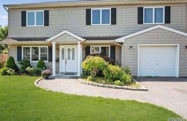 8 Bell Ln - 8 Bell Lane, Levittown, NY 11756