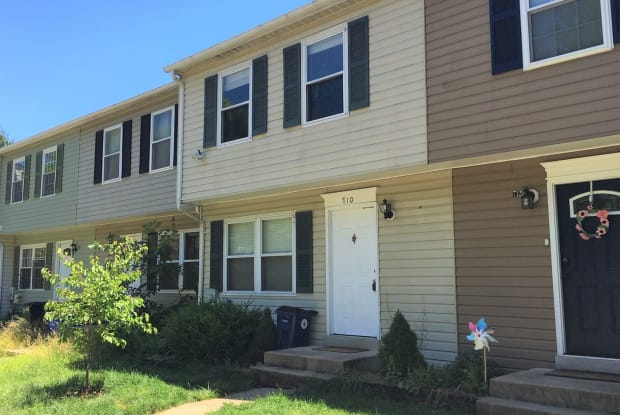 710 Oxford Square Dr - 710 Oxford Square Drive, Cloverly, MD 20904