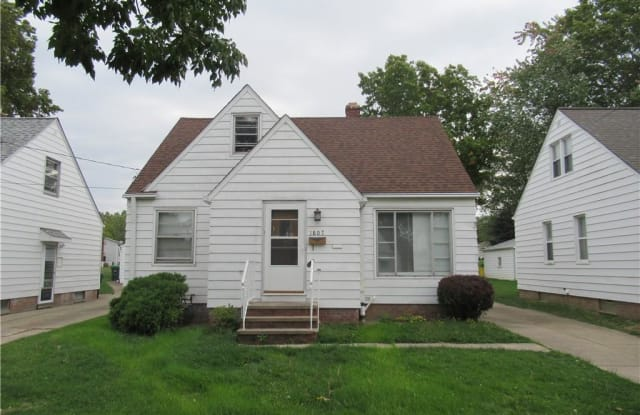 1807 East 294th St - 1807 East 294th Street, Wickliffe, OH 44092